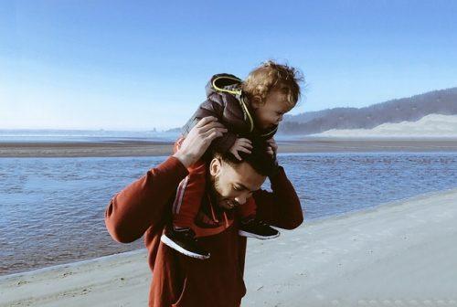 Importante que papás fortalezcan estilos de vida saludables