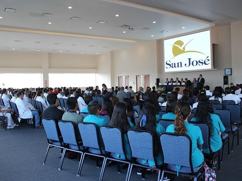 Centro de convenciones en el Hospital San José de Querétaro